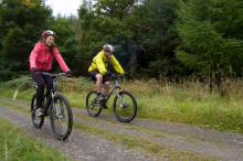 Mountain biking in Hamsterley Forest © NPAP/Louise Taylor
