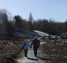 Couple walking at Pow Hill Country Park © NPAP